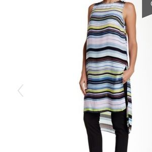 NWOT Vince Camuto long tunic size M